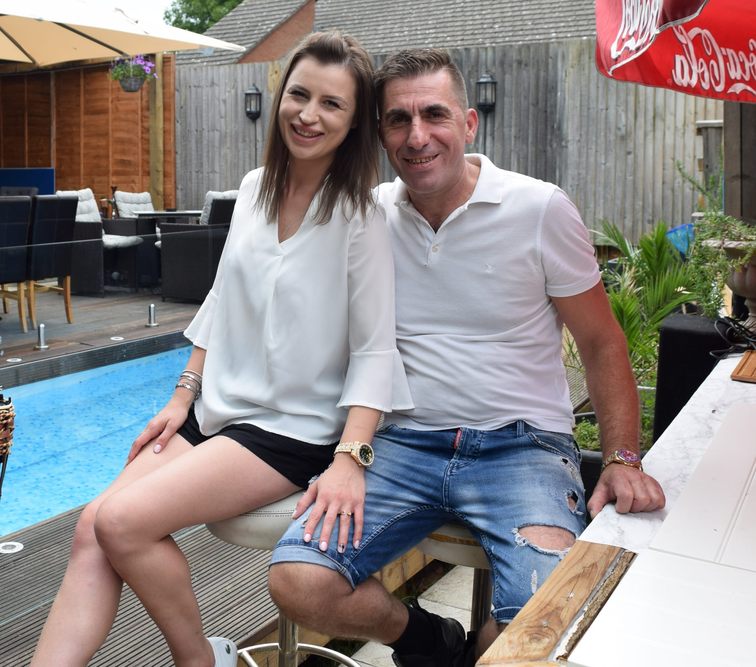 An Albanian pub landlord turns dreary beer garden into a Spanish resort  with hot tub, terrace and pool costing just £100 off Gumtree - UK (British)  Albanians Network